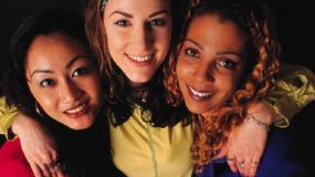 Friendship over Fragrances Cleaner Indoor Air